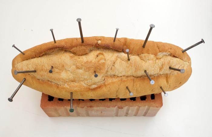 Raquel Nava: Bread and Nails (©Entretempo Kitchen Gallery)