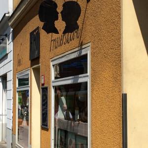 Friseurladen in Mitte (©Anne Schüchner)
