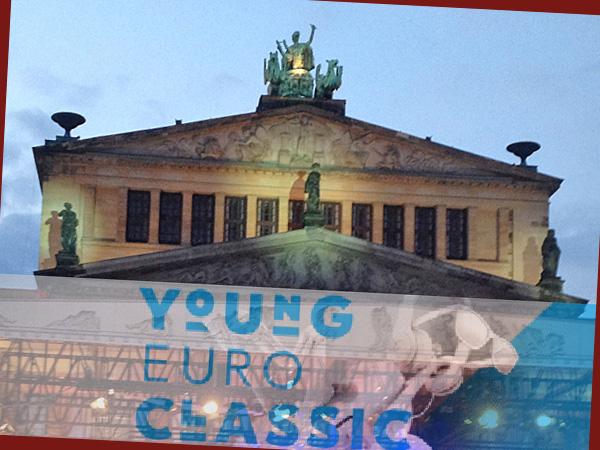 Konzerthaus mit Young Euro Classic Logo (Foto: Anne Schüchner)
