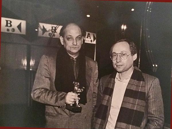 Reinhard Hauff/Stefan Aust mit Goldenem Bären 1986 (Foto: Mario Mach)