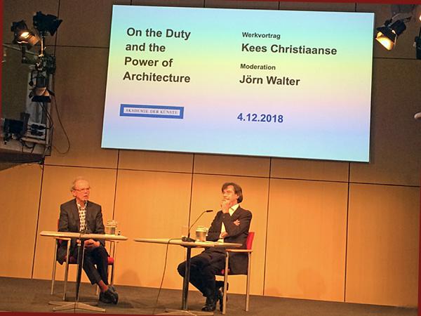 Kees Christiaanse (li) im Gespräch mit Jörn Walter (Foto: Anne