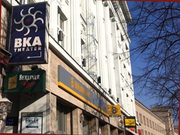 BKA Theater Eingang Mehringdamm (Foto: Anne Schüchner)